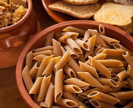 Hidratos de carbono para cenar: ¿engordan?